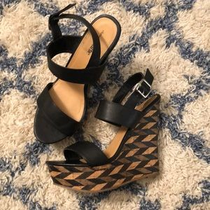 Charming Charlie wedges size 10